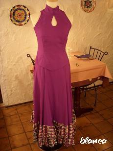 ツーピース紫