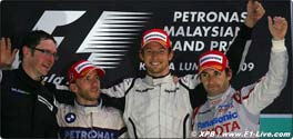 podium-sepang-z-01_050409.jpg