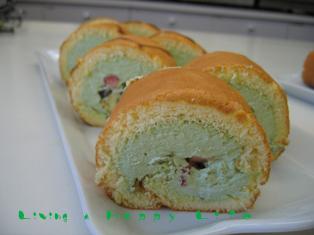 こいのぼりのロールケーキ