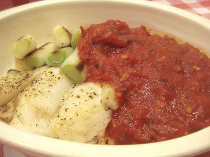 鱈のトマトハーブ焼き