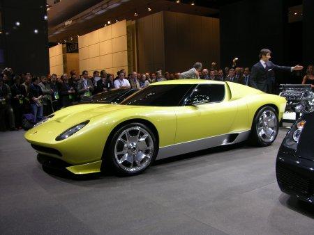 Lamborghini-Miura-front-3-4-450.jpg