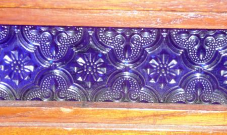 ネシア家具ガラス青色