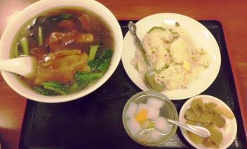 龍城飯店J食事