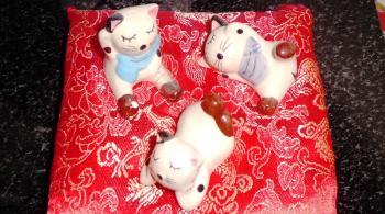 占い屋のネコ人形