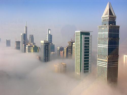 specialreports_2edb.Dubai city fog nice
