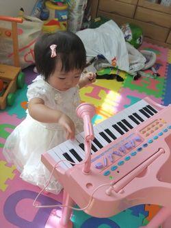 になピアノ