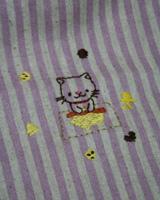 クッキーを焼くネコさん刺繍