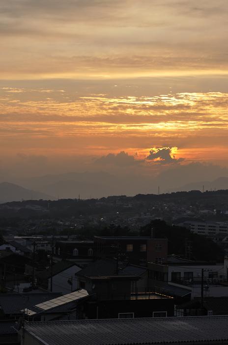 窓から 夕日 02
