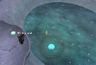 氷の月が浮かぶク・ハウの泉