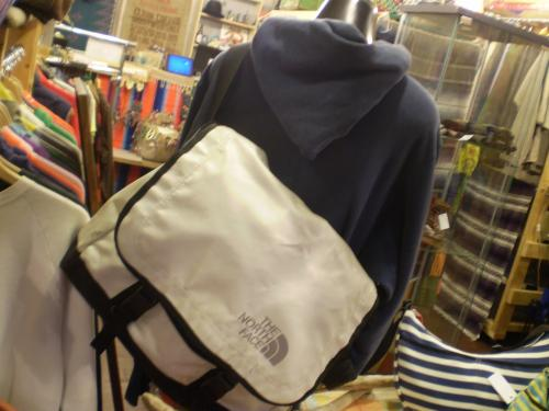north face shoulder bag