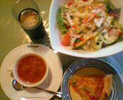 本日のサラダ(シーザーサラダ)&本日のスープ(ミネストローネ)&アイスコーヒー