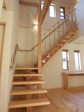 N様邸リビング階段