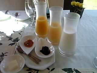 「朝食のジュース」ア・マ・ファソン(大分)