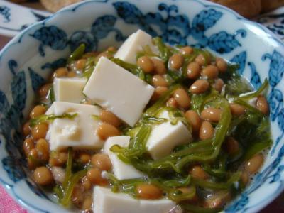 めかぶと納豆と豆腐の和え物