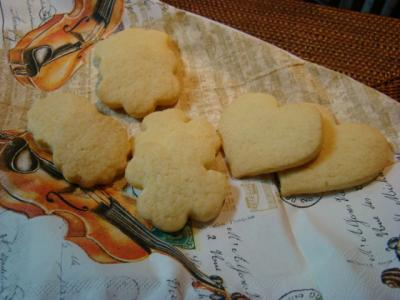ホワイトデーのクッキーと、金曜の晩ご飯