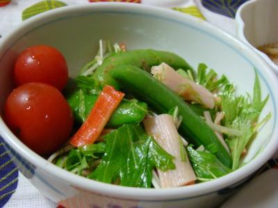 スナップえんどうと水菜のおかかサラダ