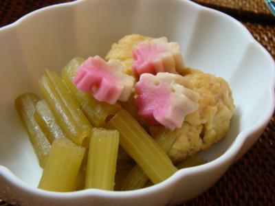ふきと鶏団子の煮物