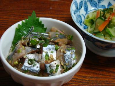 秋刀魚の薬味丼