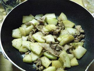冬瓜と豚肉の炒め物