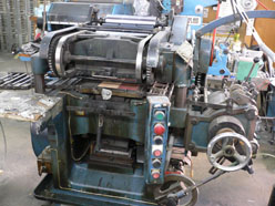 古い平圧シール印刷機