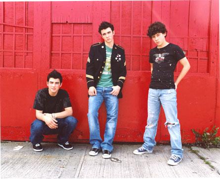 Jonas-Brothers-ino01.jpg
