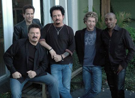 Toto-band-np01.jpg