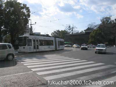 厩橋、市役所前交差点。