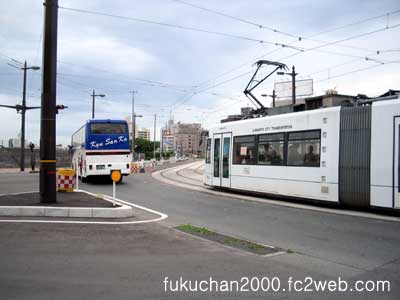 気ままに撮った、祗園橋電停付近の風景。