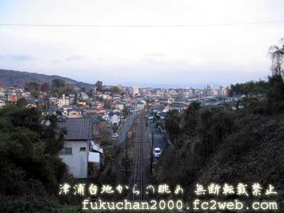 帰りに撮影した、津浦台地からの眺め。下を線路は熊本電鉄。