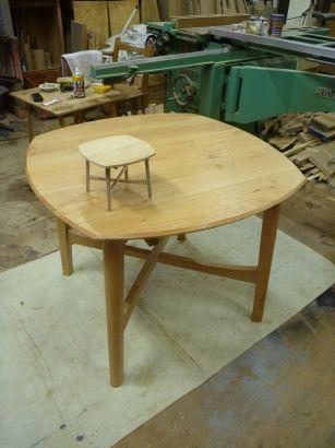 テーブル完成2