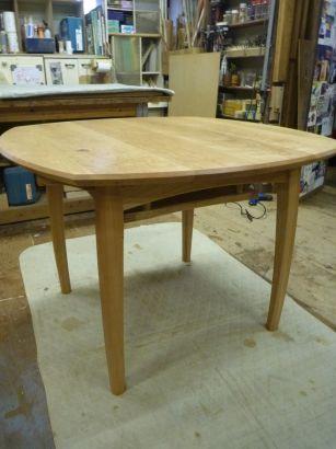 テーブル完成4