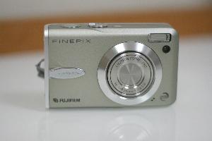 Fine Pix F30