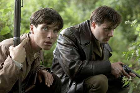 弟デミアン(左)と兄テディ
