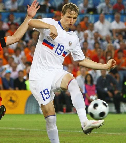 パブリュチェンコの左足でロシアが先制