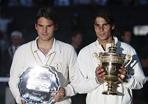 準優勝フェデラー(左)優勝ナダル