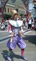 パレードにてジャグリング