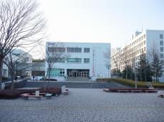 福島大学 (53)
