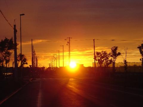 1分後の夕陽(2009.06.15)