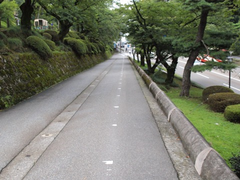 金沢城公園お堀通り(2009.08.11)