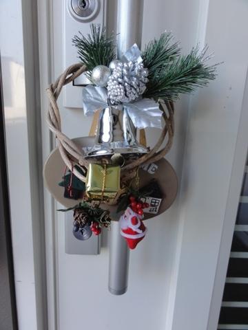 クリスマスのドア飾り(2011.11.20)