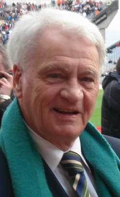Bobby_Robson_Cropped.jpg
