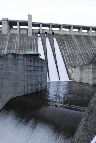 山梨県 塩川ダム