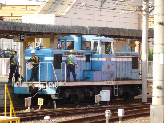 役目を終えた臨海鉄道の機関車が東港機関区へ。