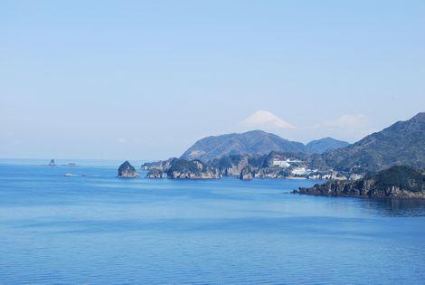 富士~は日本一の~やま~♪