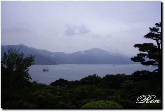 芦ノ湖の海賊船と富士山!