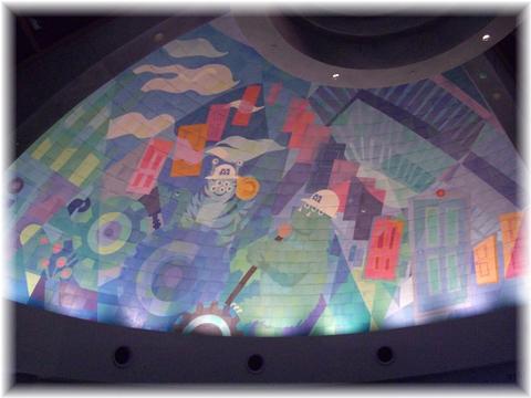 20090711 07モンスターズインク 天井