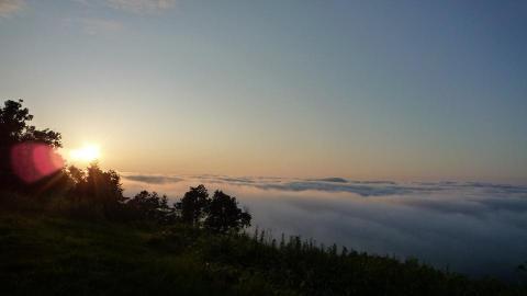 雲海の夕日
