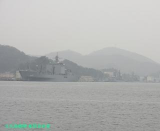 舞鶴基地の元護衛艦はるな 前島埠頭から 4