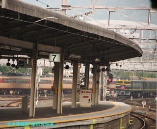 京都駅 雷鳥やトワイライト、おおぞら 3