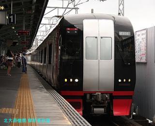 名鉄岐阜駅の1700系特急 4